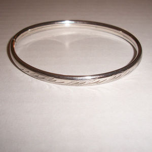 Italian Silver Diamond Cut Flex Bangle Bracelet